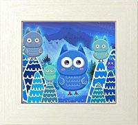 幸せを運ぶ青いフクロウと森の精霊